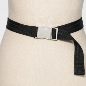 Women's Nylon Belt With Silver Buckle